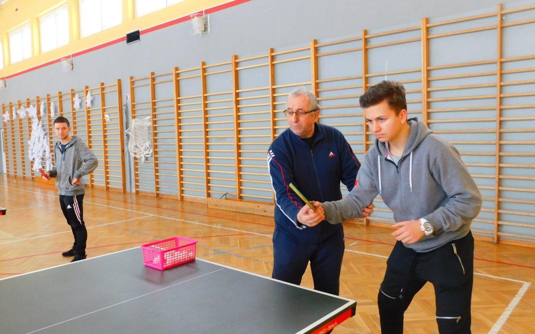 Technika gry w tenisie stołowym (1) – szkolenie dla trenerów